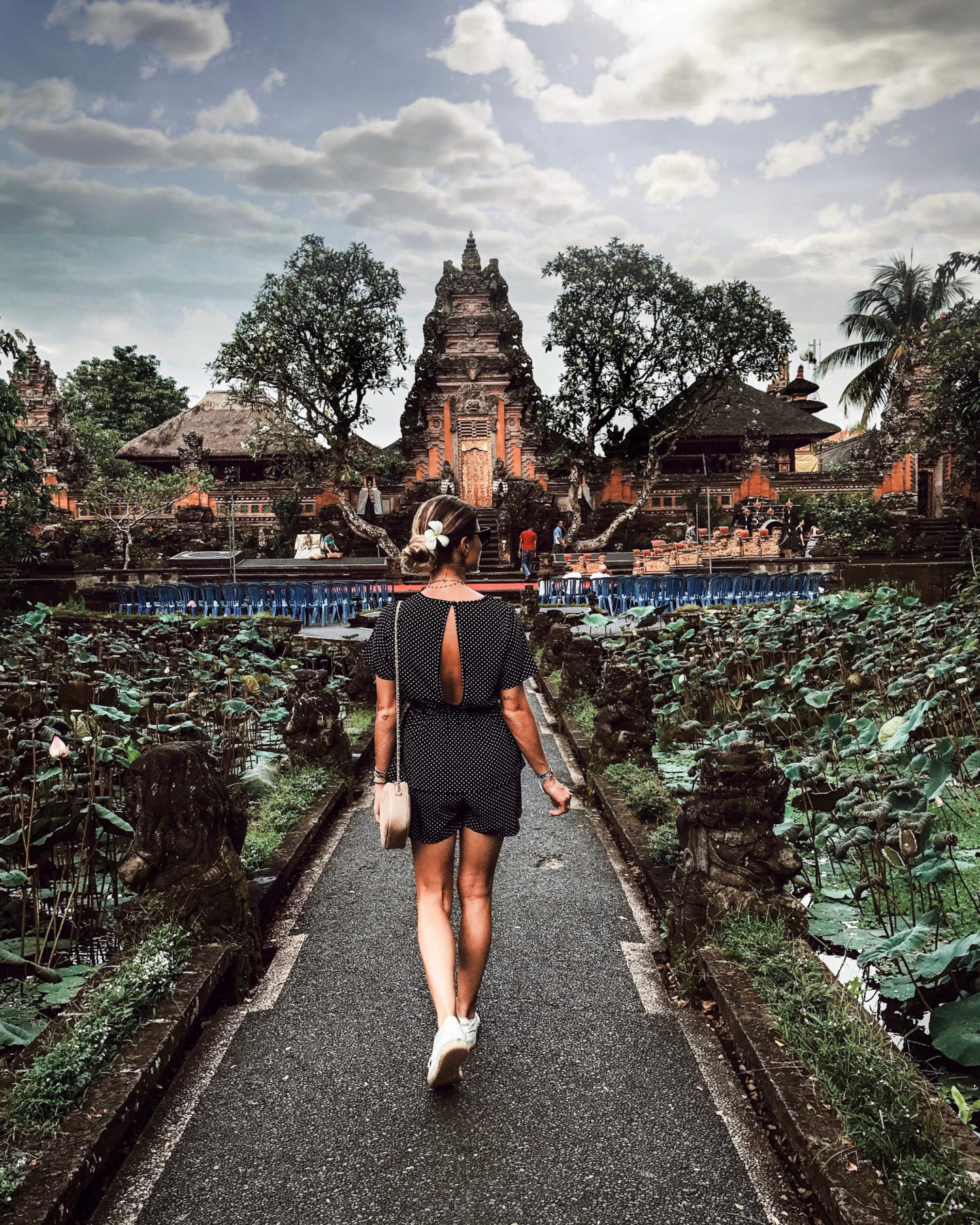 Pura Taman Saraswati Bali Ubud