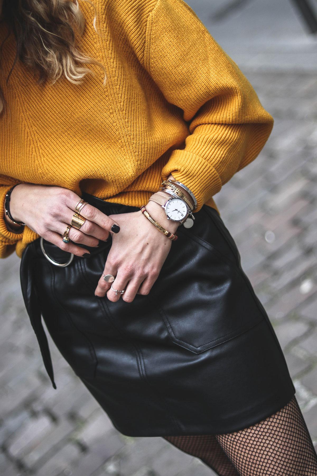 jupe simili cuir zara marie and mood