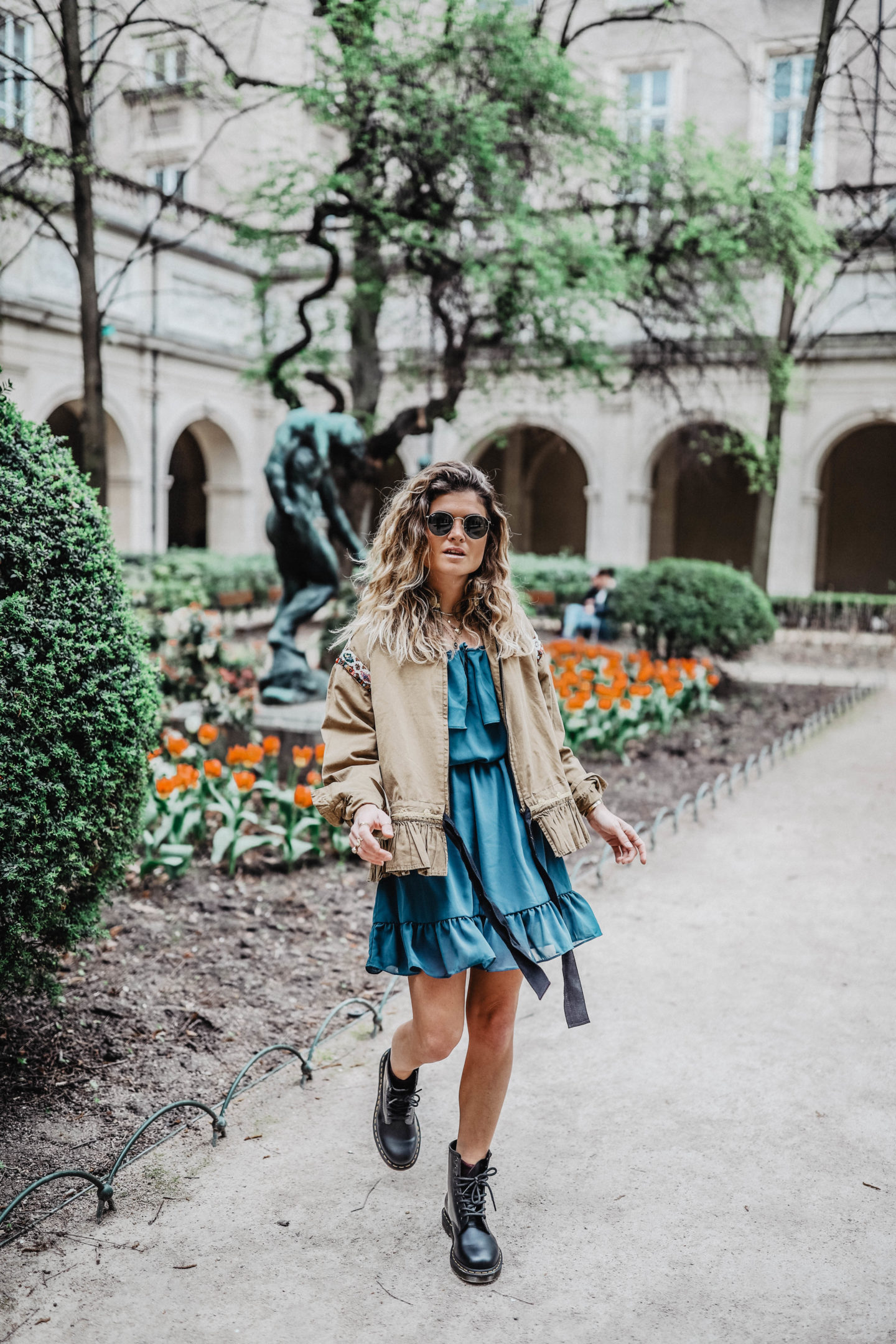 Robe bleue MissGuided Marie and Mood