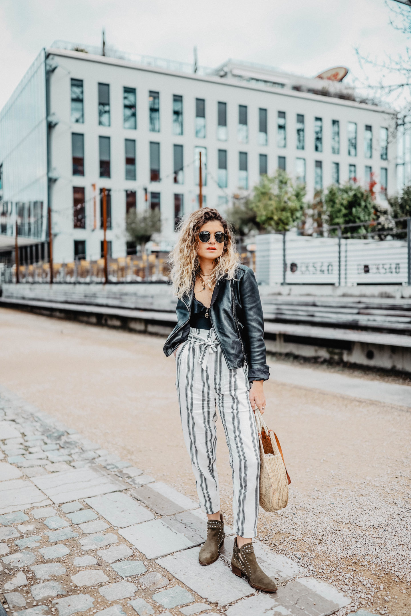 pantalon carotte marie and mood blog mode
