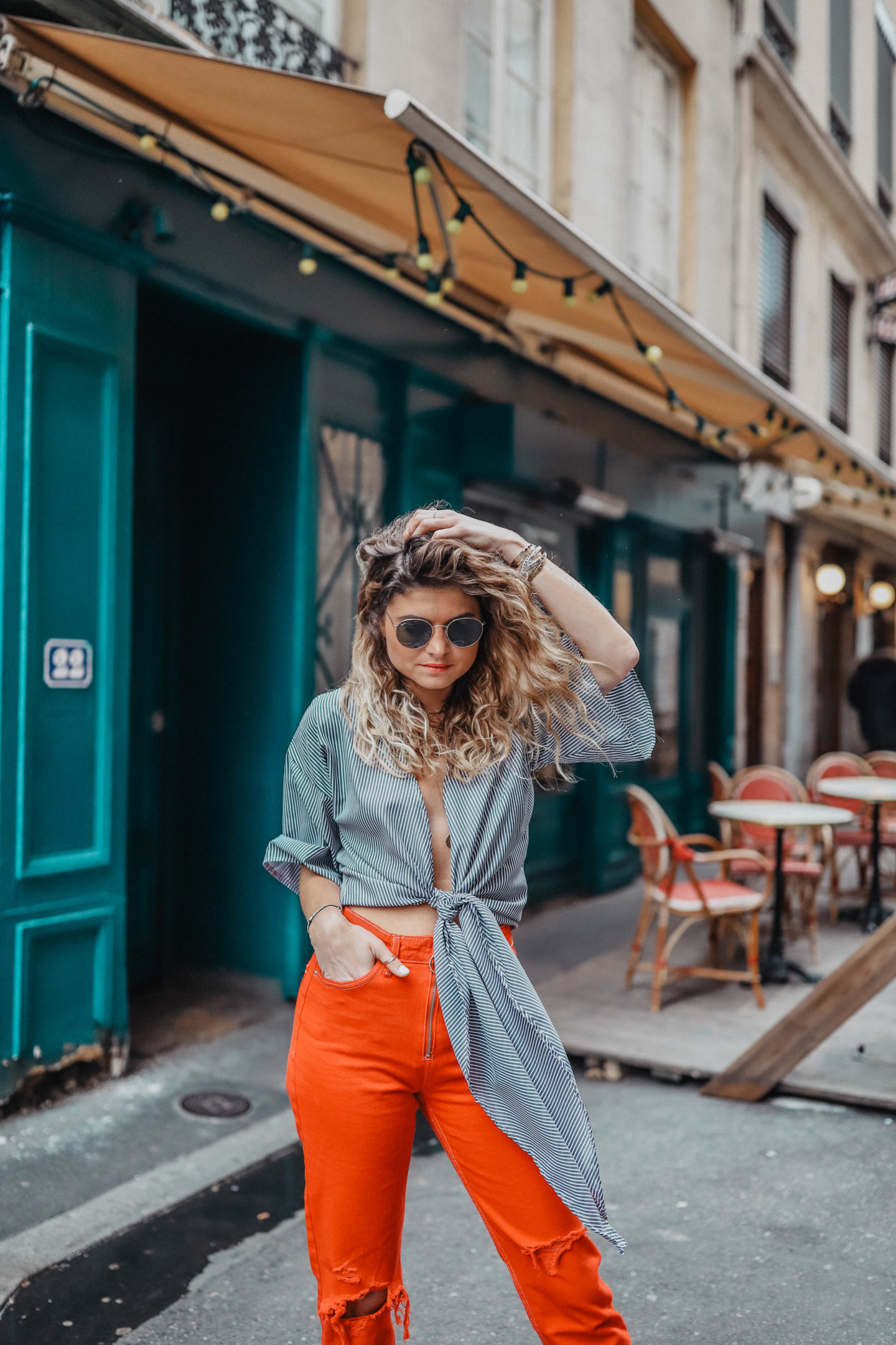 combinaison crop top et jean taille haute marie and mood