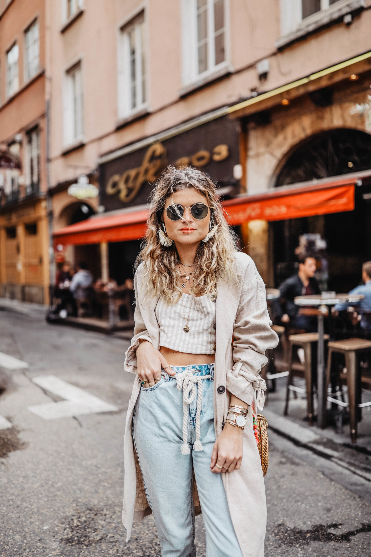Tendance jean taille haute et crop top marie and mood