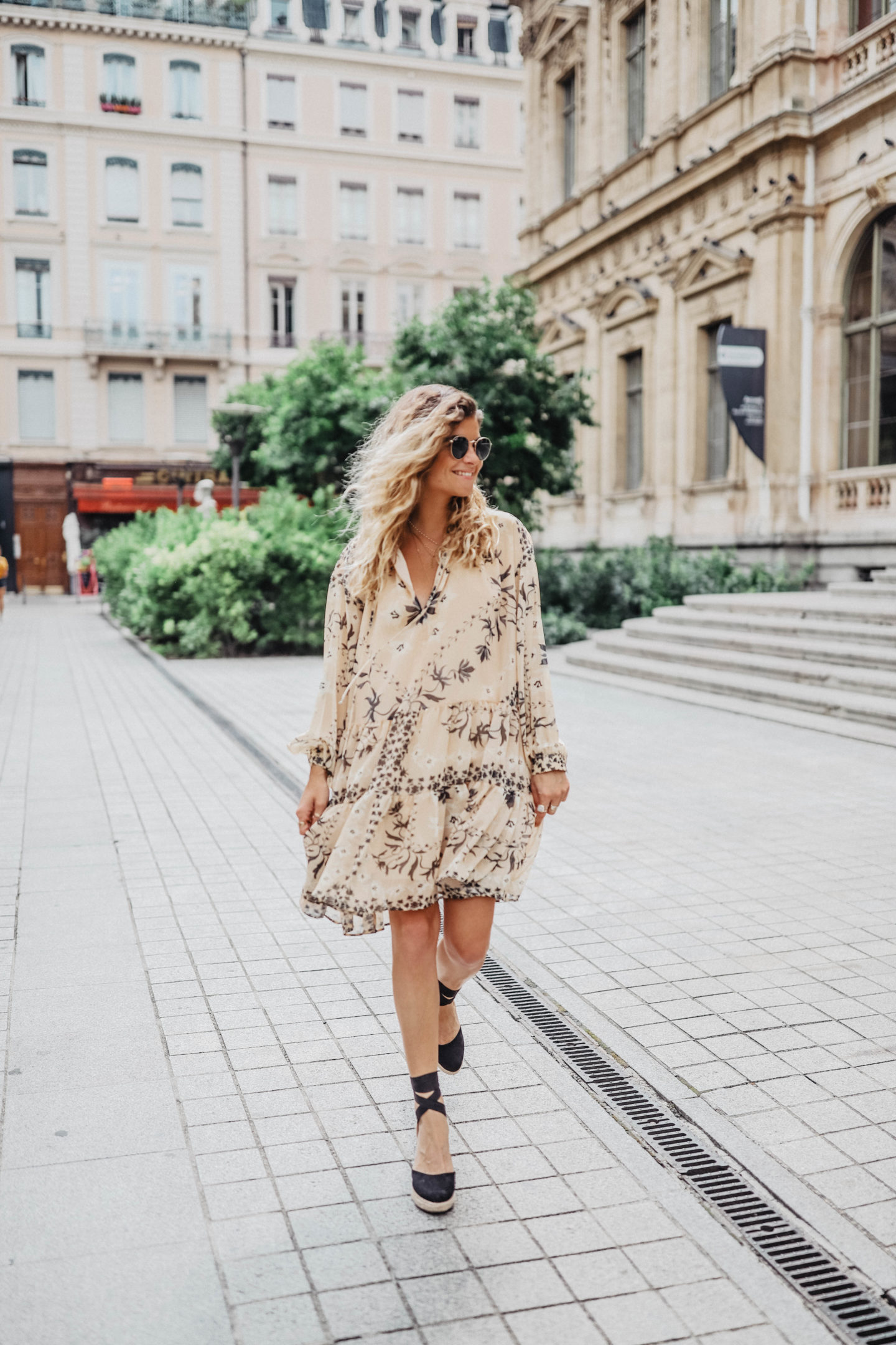 fashion and lifestyle blogger marieandmood