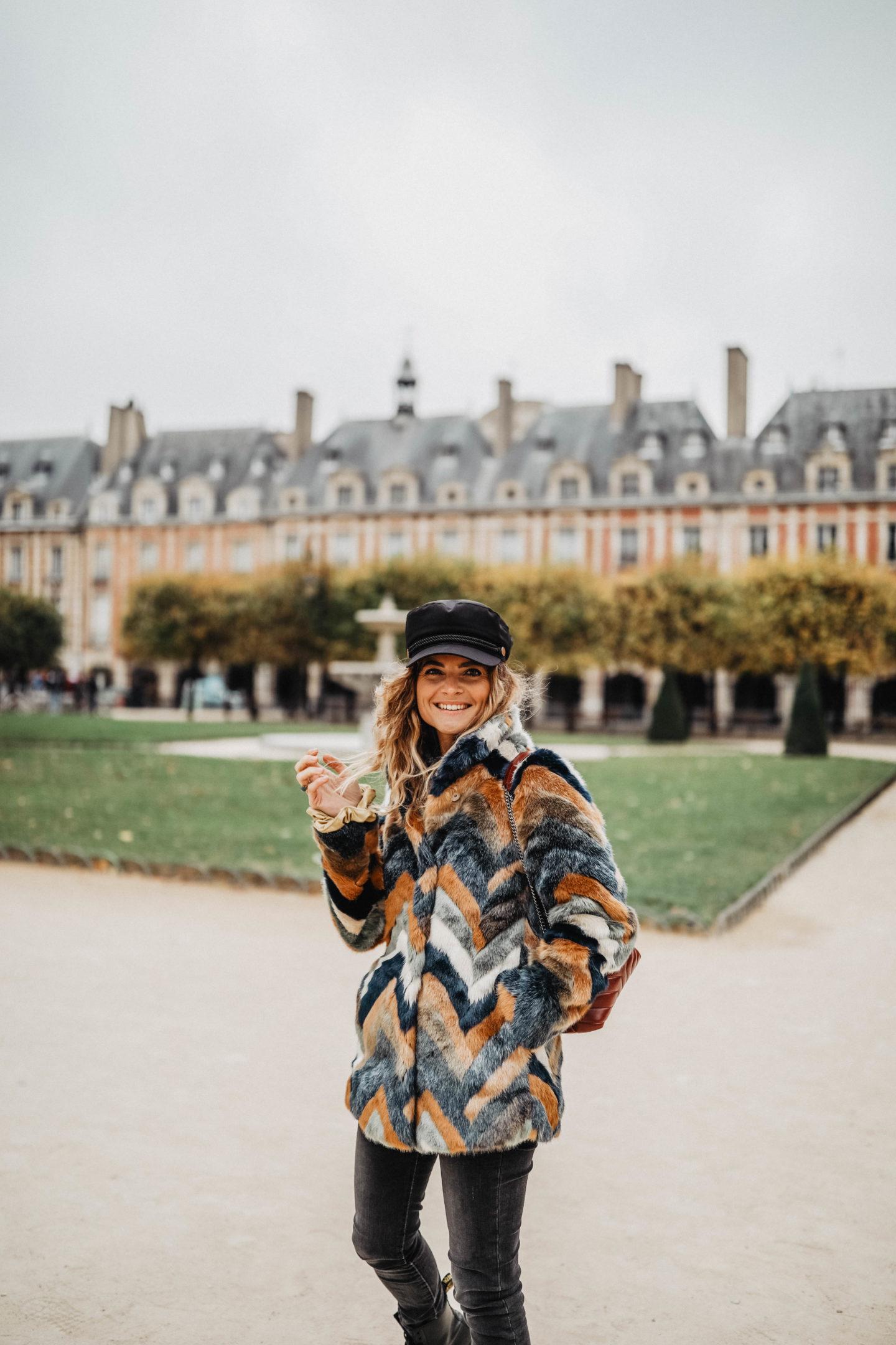 Tendance manteau en fausse fourrure marie and mood  blog