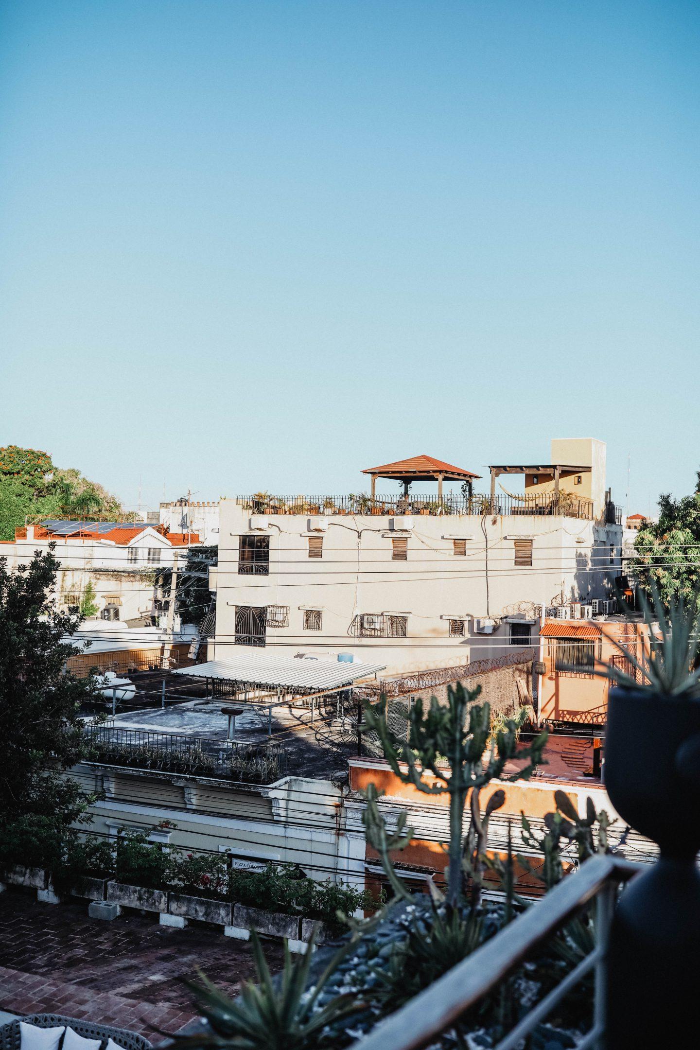 Terrasse hotel Billini Saint Domingue marie and mood blog