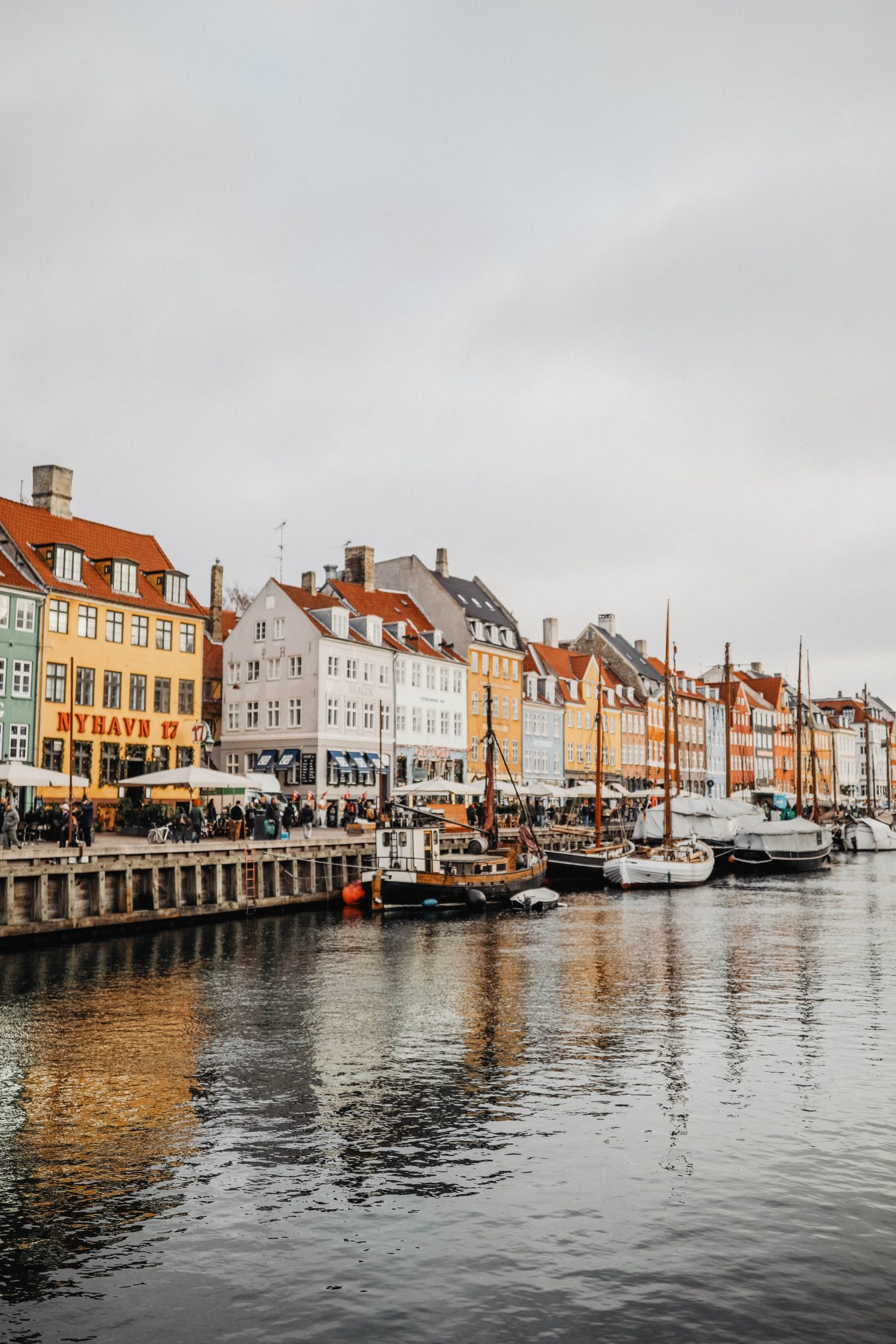 canal Nyhavn Copenhague marie and mood voyage