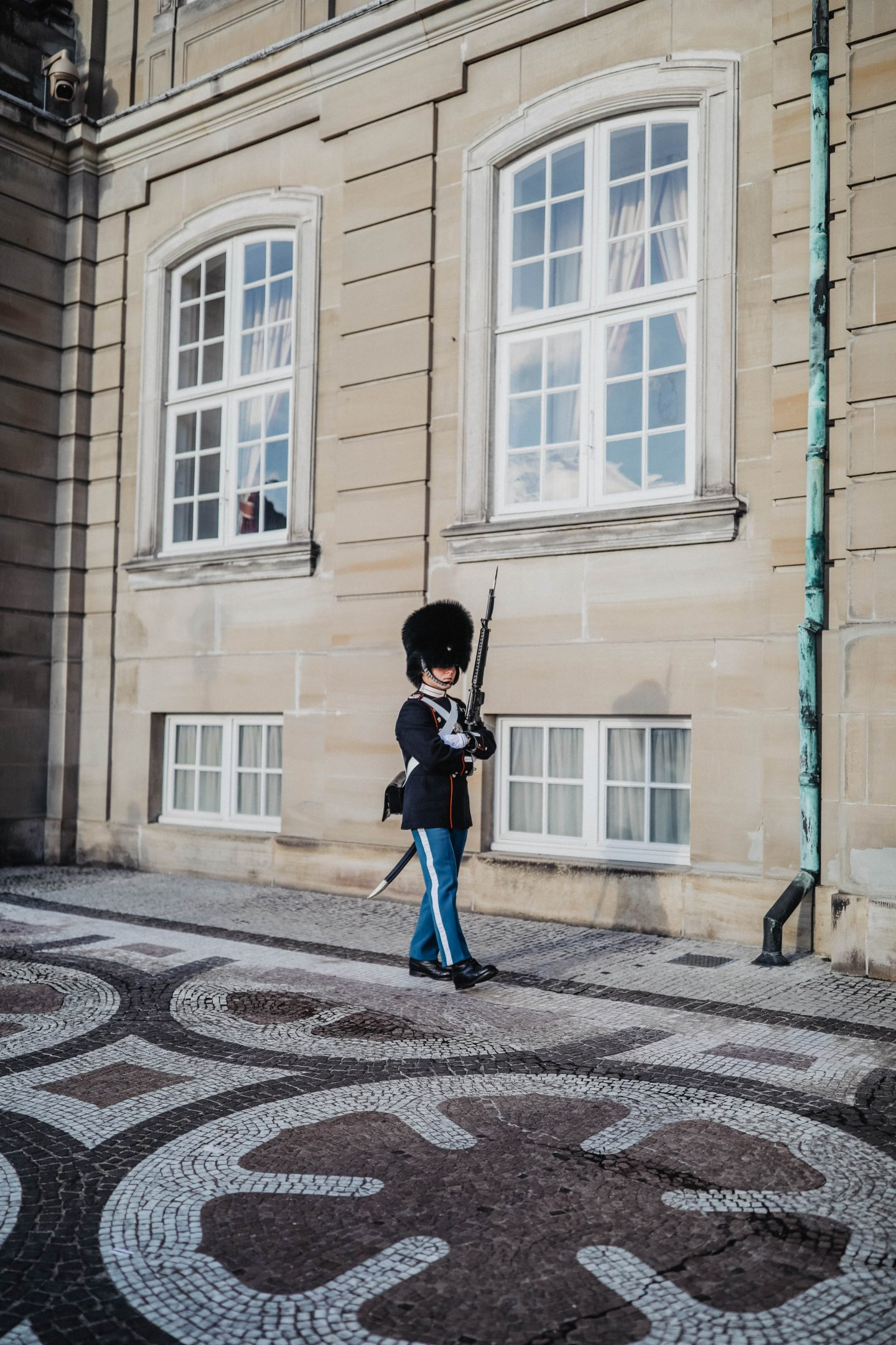 Relève de la garde Copenhague marie and mood  blog